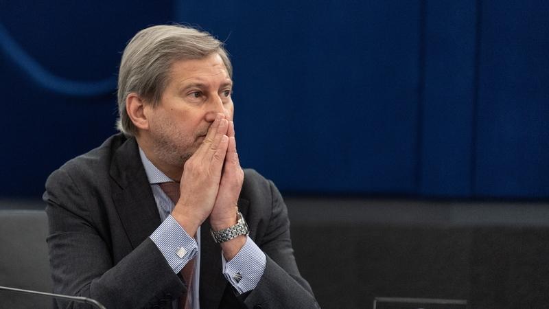Comissário europeu considera que ideia dos 'eurobonds' se tornou tóxica