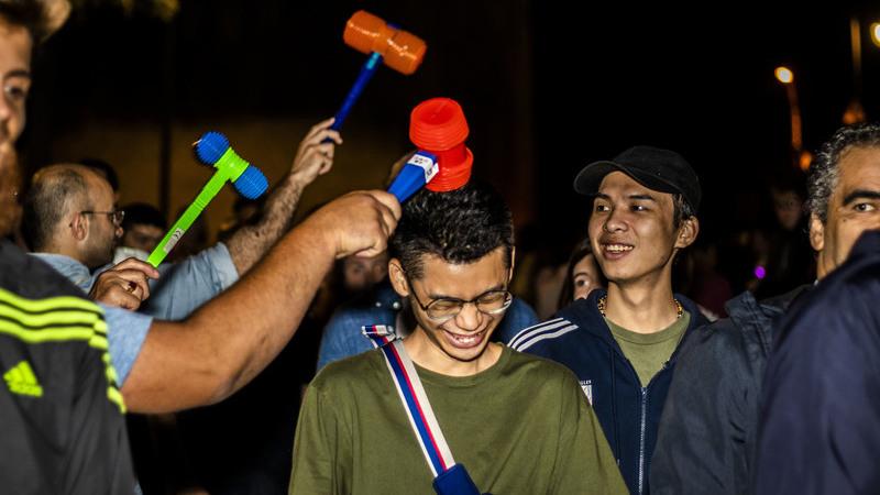 O Porto saiu à rua pelo São João — e trouxe tudo cá para fora, incluindo a martelada nos turistas