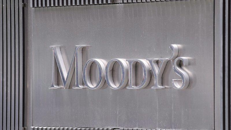Moody's melhora 'rating' de Moçambique mas alerta que riscos mantêm-se