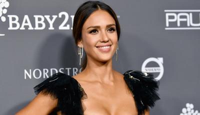 As estrelas latinas que não falam espanhol