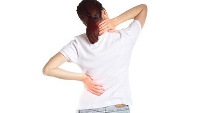 Escritório: estratégias para evitar dores na coluna