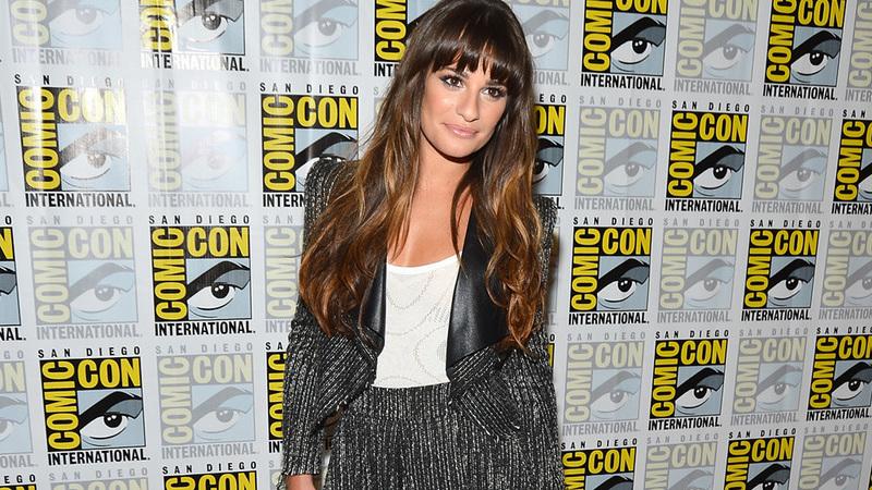 """""""Um inferno"""": Lea Michele acusada de racismo por colegas do elenco de """"Glee"""". Atriz já pediu desculpa"""