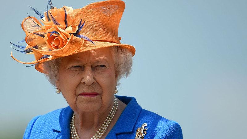 O Que Pensa a Rainha de Inglaterra da Série The Crown?