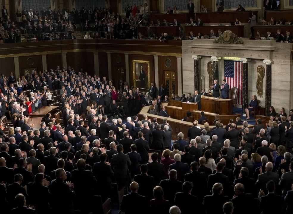 "Macron pede no Congresso aos Estados Unidos para ""reinventarem o multilateralismo"""