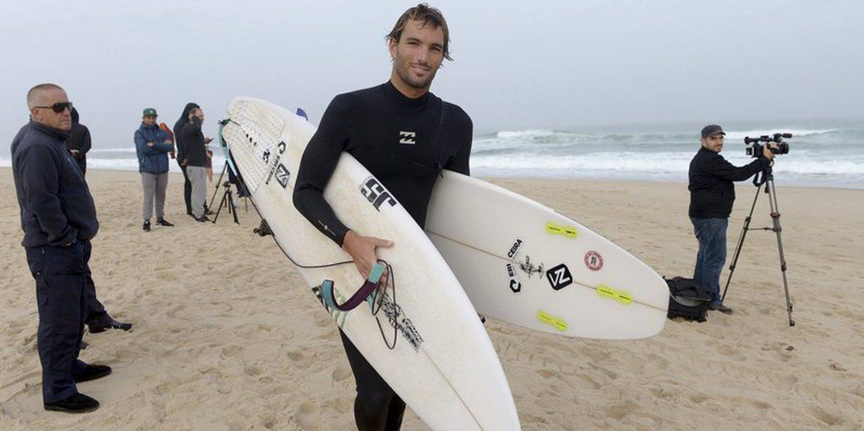 """Surf: Kikas cai para a repescagem em Peniche: """"O mar estava um autêntico totoloto"""""""