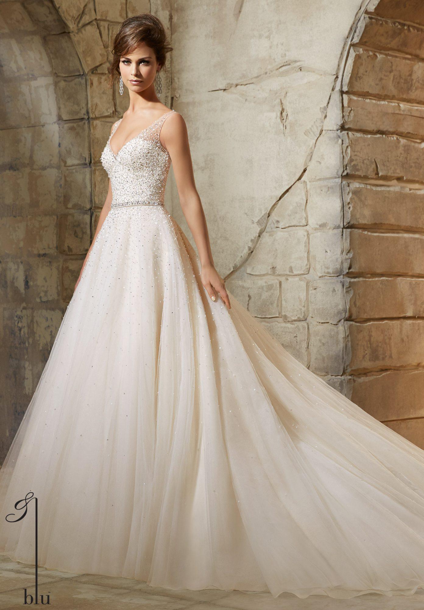 Não gaste o orçamento todo do casamento no vestido