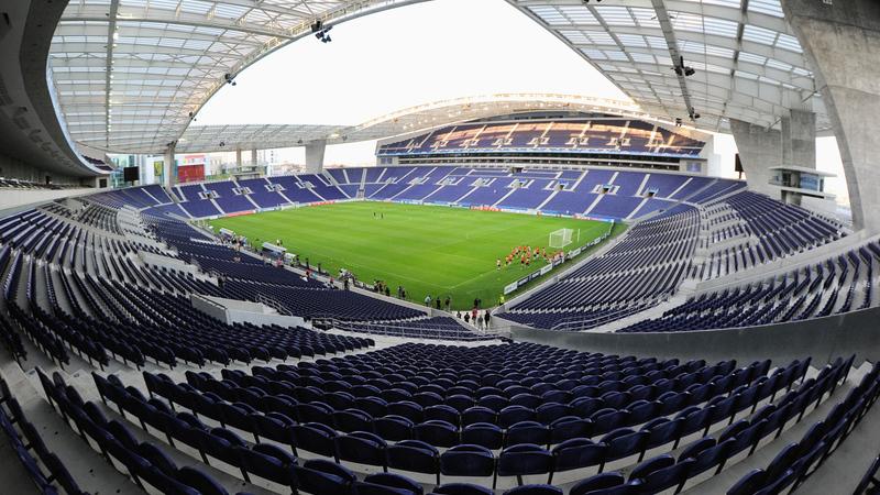 Caso dos SMS. PJ vai investigar forma como FC Porto obteve os e-mails