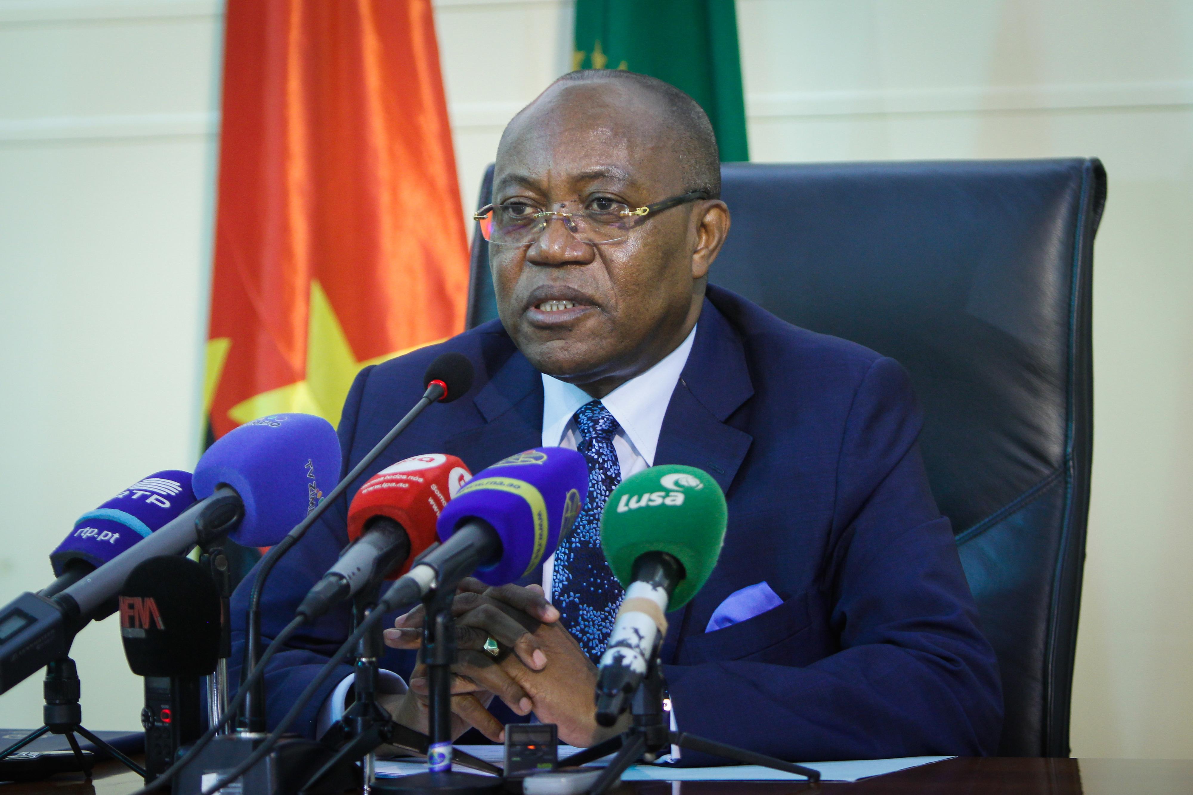 """CPLP não pode ser vista como """"comunidade de românticos"""", diz ministro das Relações Exteriores de Angola"""