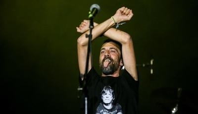 De Carlão a Manuela Azevedo ou Rui Reininho: Zé Pedro homenageado por vários músicos no SBSR