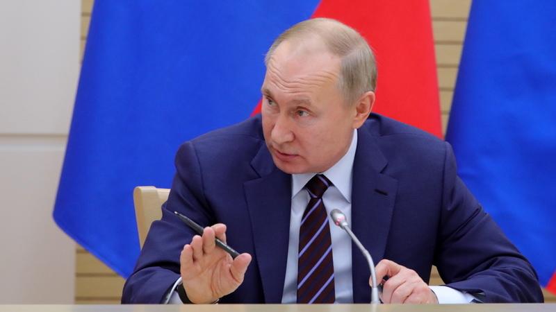 Rússia. Putin diz que se opõe a mandatos presidenciais ilimitados