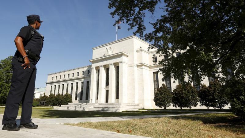 Reserva Federal corta taxas de juro em 25 pontos base para 1,75%-2%