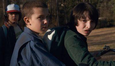 """Eleven e Mike de """"Stranger Things"""": Eles também nasceram para a música"""