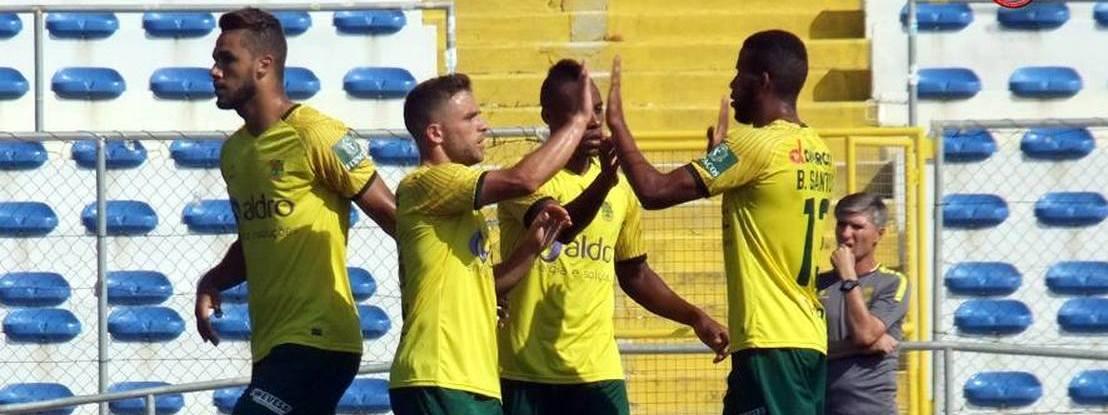 Paços de Ferreira vence Desportivo das Aves e soma primeiro triunfo na Liga