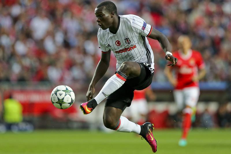 Aboubakar na mira do West Ham