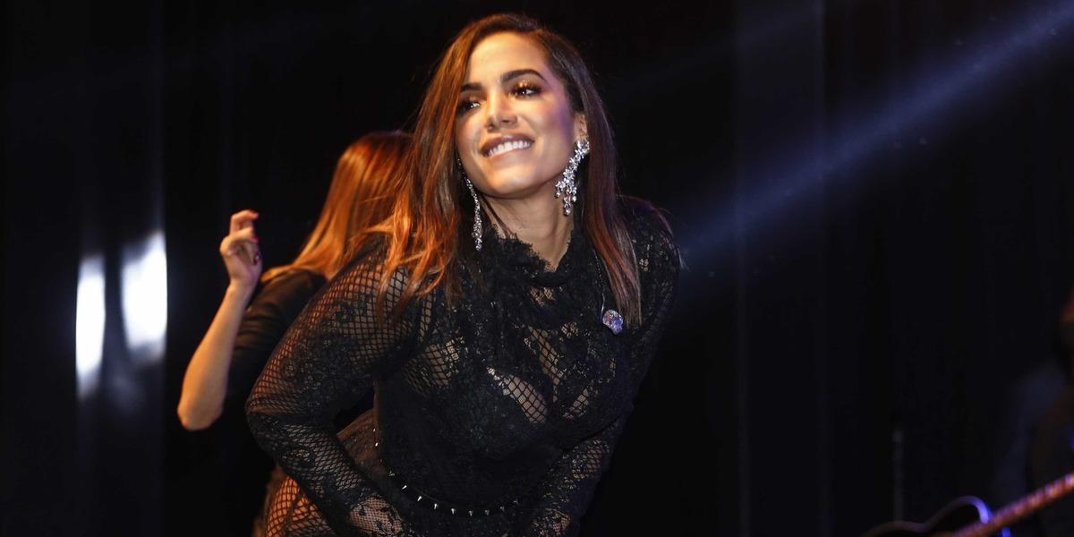 Anitta confessa ter problema de saúde