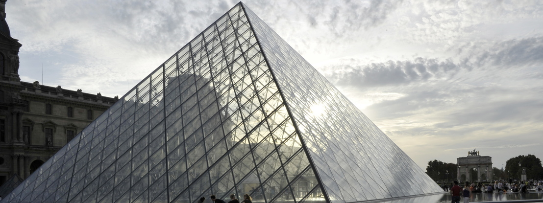 Museu do Louvre vai reabrir a 6 de julho