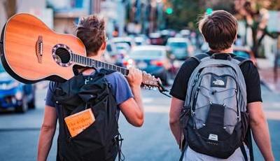 Quer conhecer o mundo de mochila às costas? Os 10 melhores países para aventura