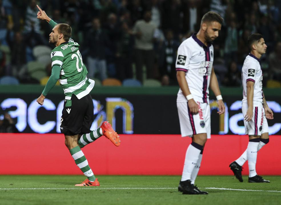 Sporting 5-1 Chaves:  Bas Dost, o melhor remédio para a ressaca europeia