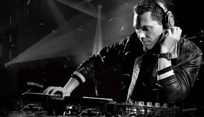 """DJ Tiësto: """"A ligação com o público é tão íntima como o sexo"""""""