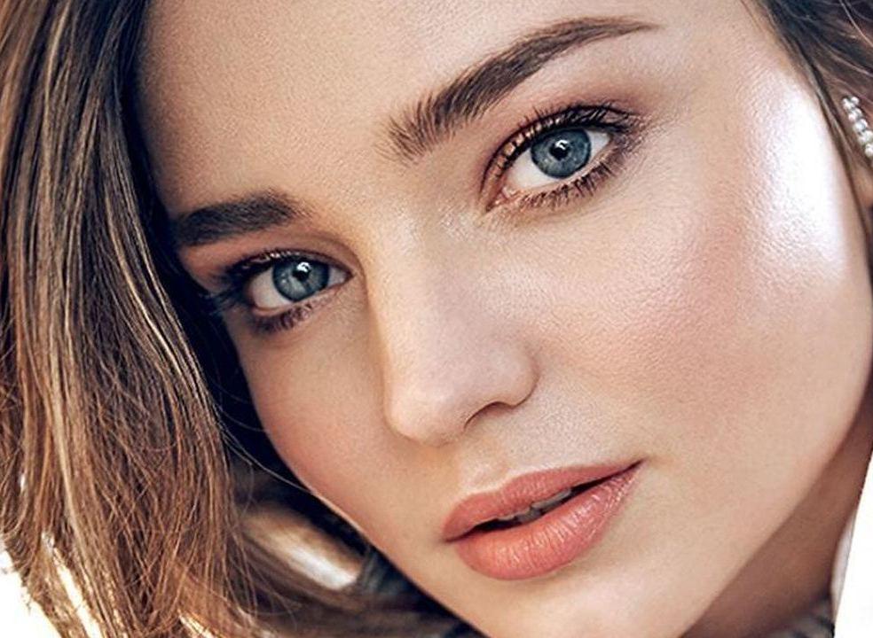 38 looks de Beleza de Miranda Kerr no dia em que celebra 38 anos