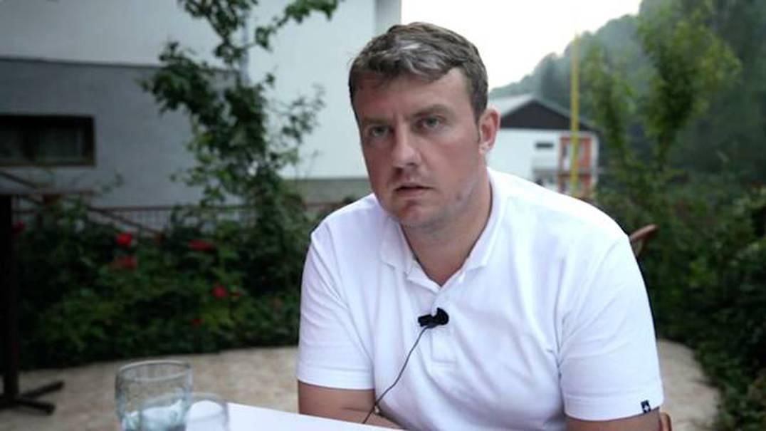 Como o pai de Avdo sobreviveu ao massacre de Mladić