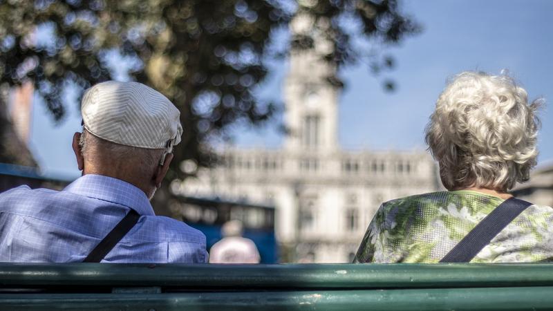 """Novo regime """"idade pessoal"""" de reforma prevê bonificações a quem ficar no ativo"""