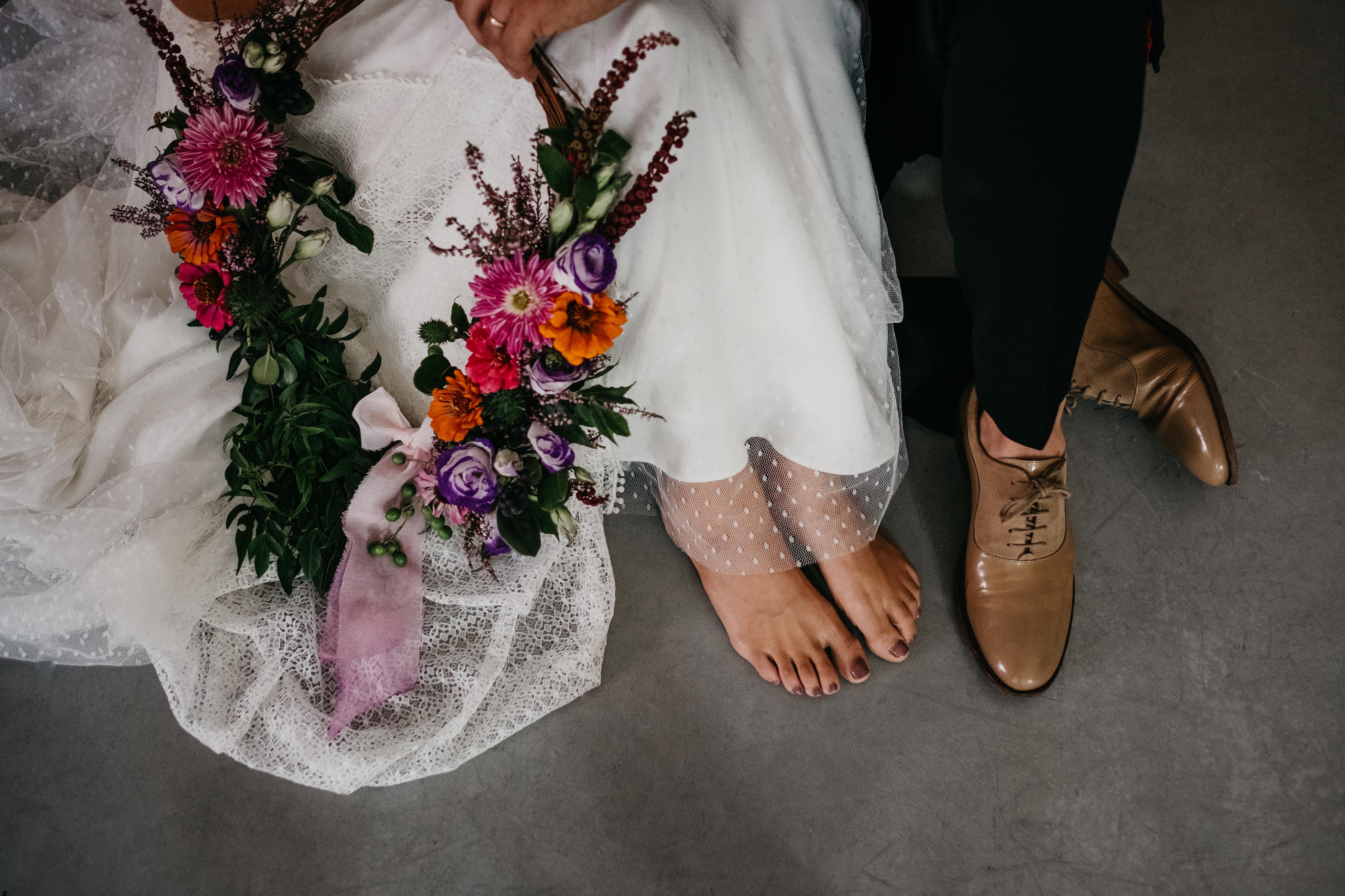 Ramos de noiva originais: já ouviu falar dos Hoop Bouquets?