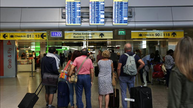 """Associação Zero denuncia voos noturnos """"acima do dobro da legislação"""" no aeroporto de Lisboa"""