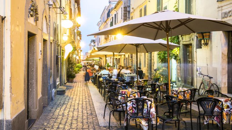 7 fatores a ter em conta quando procurar um restaurante no estrangeiro