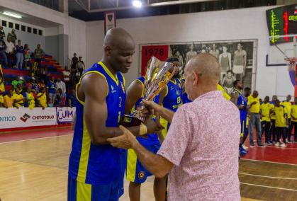 Basquetebol/Angola: Petro sagra-se campeão provincial
