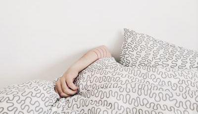Acorda cansado e com sono?