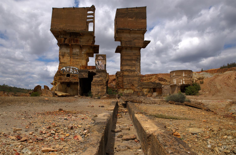 A deslumbrante decadência das Minas de São Domingos