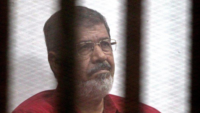 Egito. Antigo presidente, Mohammed Morsi, morre no tribunal