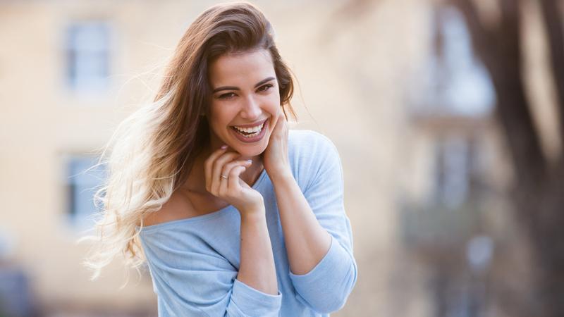 A ciência da felicidade. 10 mudanças que pode (e deve) fazer na sua vida