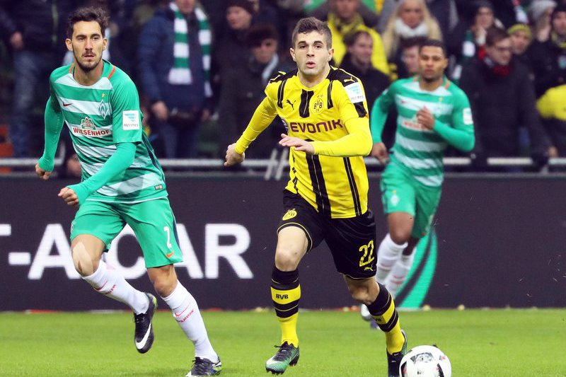 Pulisic renova com o Borussia Dortmund