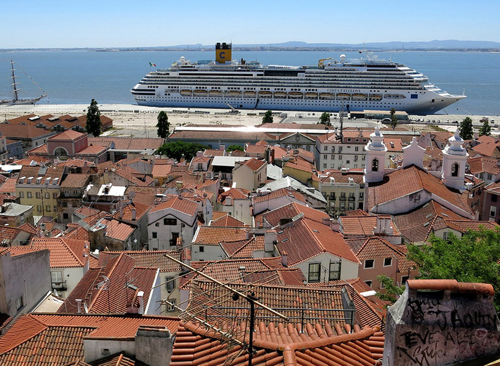 Lisboa: Assembleia Municipal aprova aumento da taxa turística para dois euros