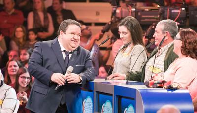Fernando Mendes recusa convite da TVI e é o apresentador mais bem pago da RTP1