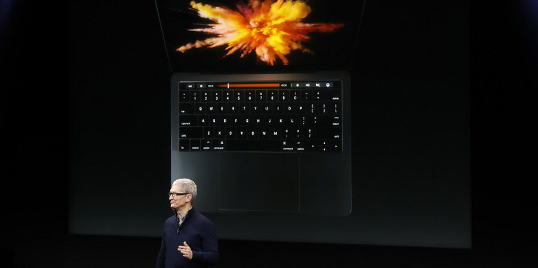 """MacBook Pro da Apple: da """"touch bar"""" ao fim das portas USB tipo-A. É o começo de um novo ciclo"""