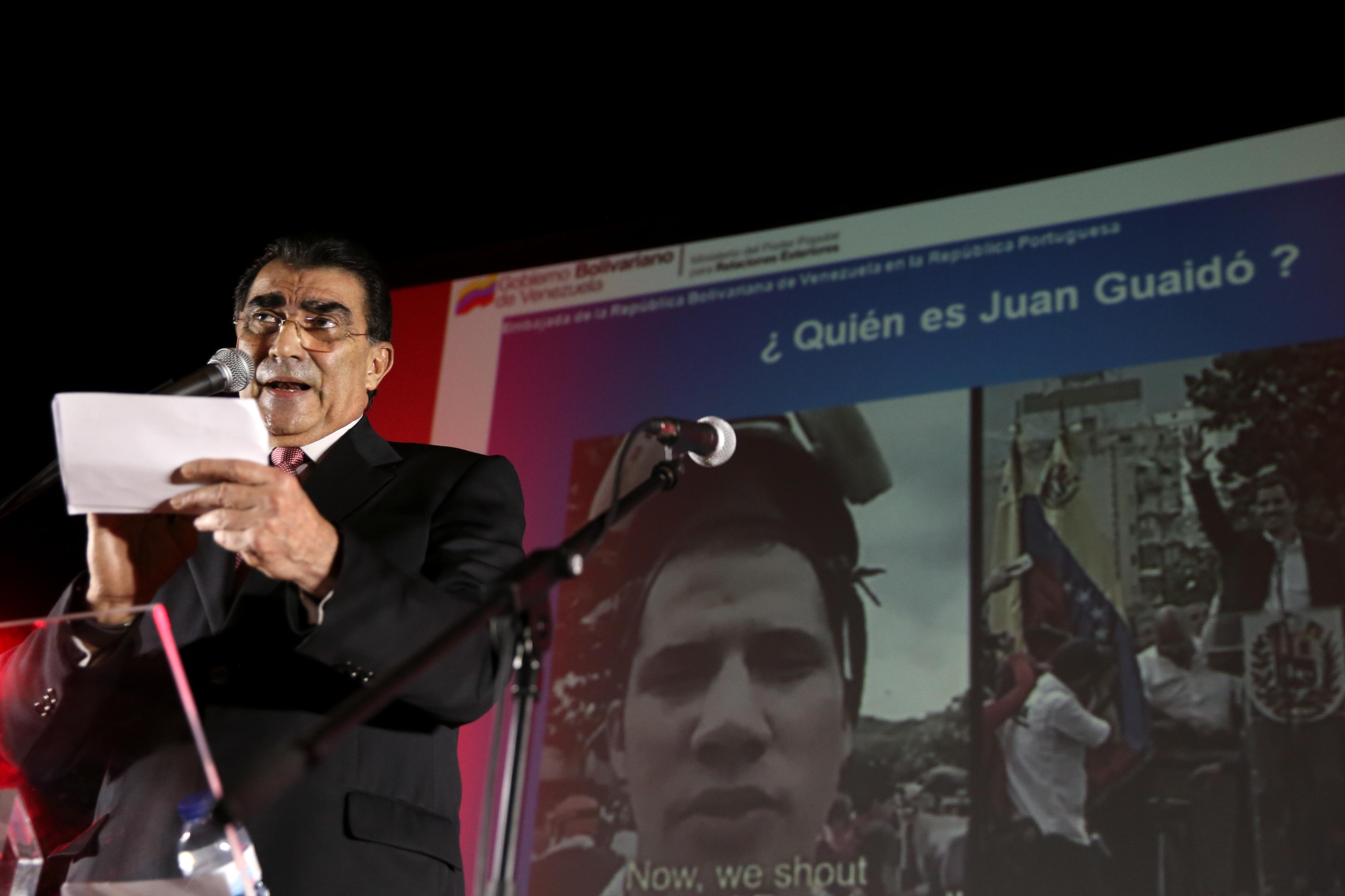 """Começou o """"Concerto pela paz"""" promovido pelo regime de Nicolás Maduro"""