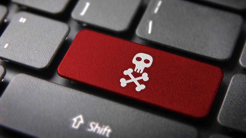 """UE deixou """"na gaveta"""" relatório sobre pirataria online"""