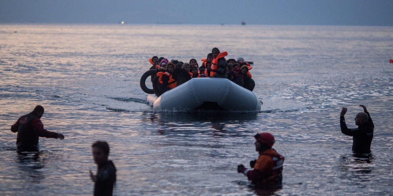 Polícia Marítima regressa a Portugal após um ano em missão na ilha grega de Lesbos