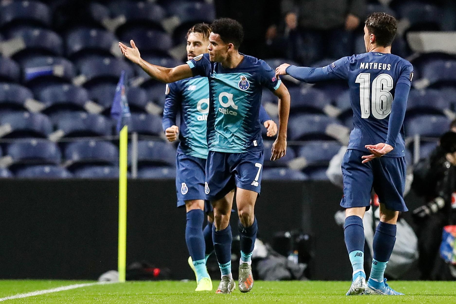 FC Porto vence Feyenoord e garante o primeiro lugar do Grupo G rumo aos 16 avos