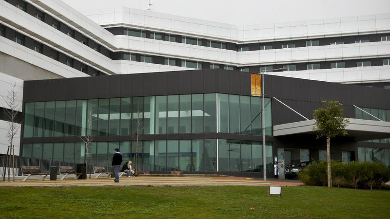 Corrupção e burla qualificada são os crimes em investigação no Hospital de Cascais