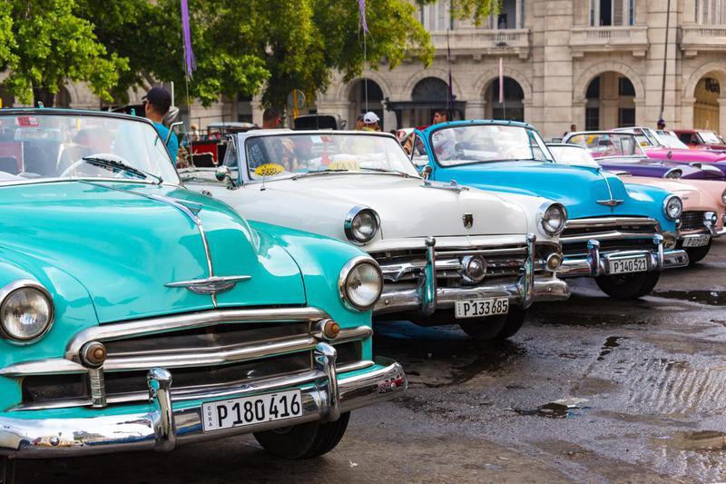 Uma viagem pelos carros clássicos desde Londres até Lisboa