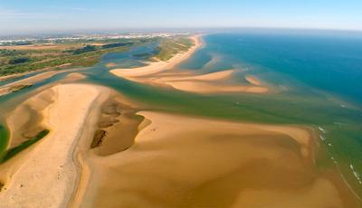 Disfrute das maravilhosas paisagens de Portugal, vistas do céu