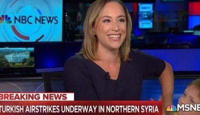 Viral: filho de jornalista invade noticiário em direto