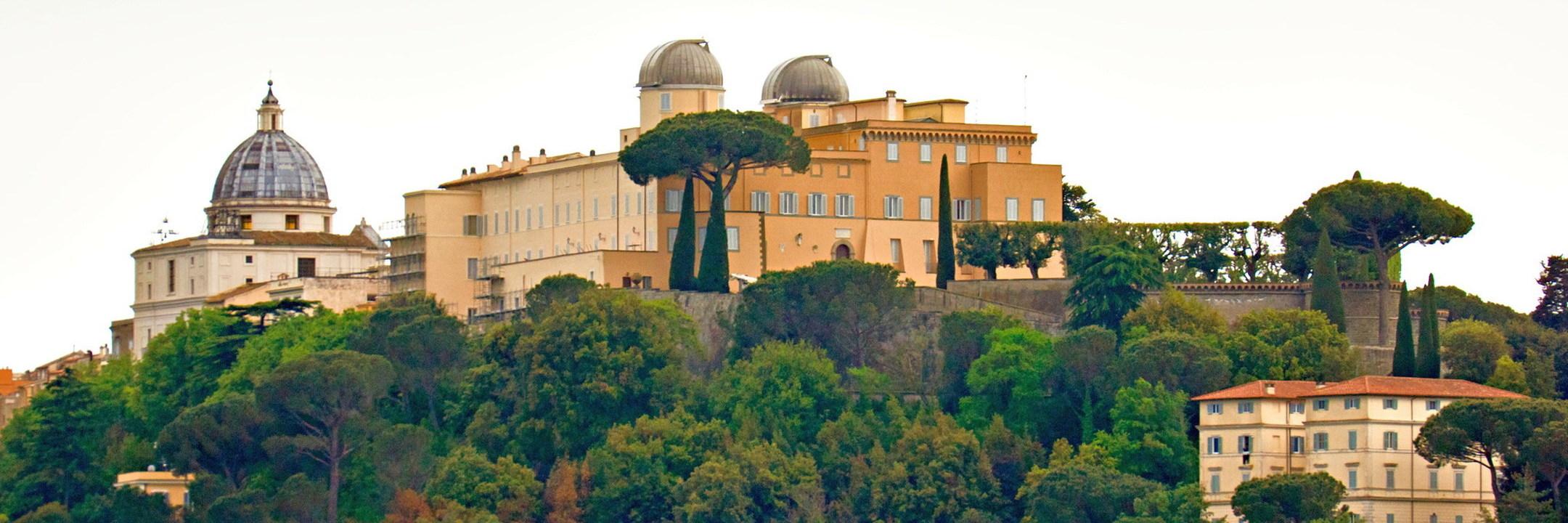 Em nome dos papas: os caminhos de Roma