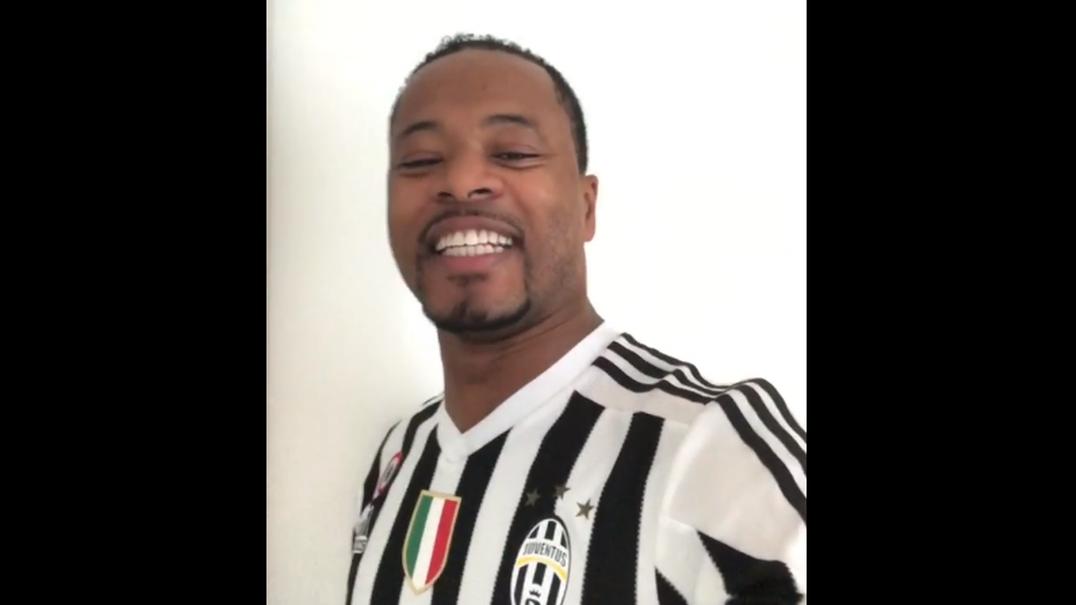 Patrice Evra grava vídeo especial para Ronaldo