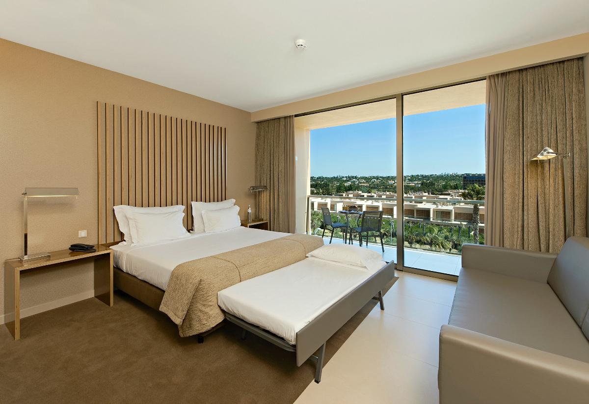 Hotel de luxo inaugurado na Herdade dos Salgados