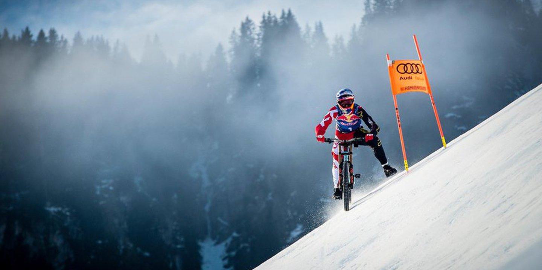 Max Stöckl cumpriu o sonho de infância e desceu de bicicleta a rampa mais temível de esqui alpino